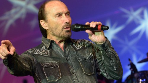 Lee Greenwood 'shocked' by being replaced on arts council by Biden administion