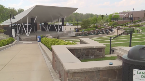 Chesterfield Amphitheater opens to thousands of fans for live, in-person concerts