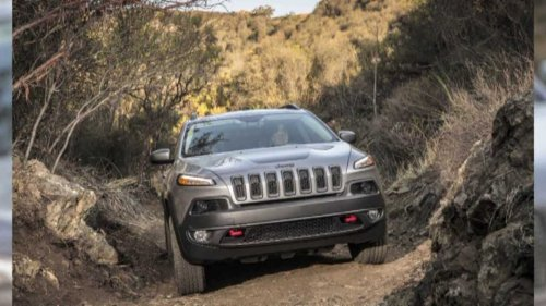 1,600 layoffs coming at Illinois Jeep Cherokee factory
