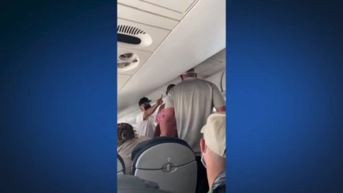 Video: Fistfight breaks out between passengers on flight to Austin from New Orleans
