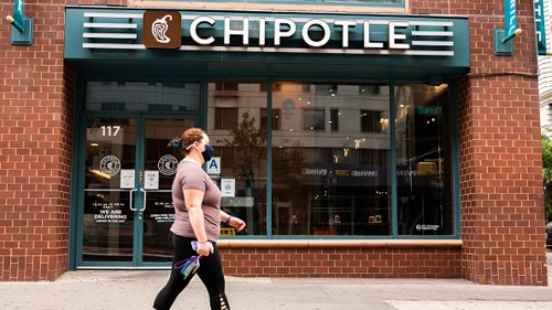 Chipotle to fill 15,000 roles during national hiring event