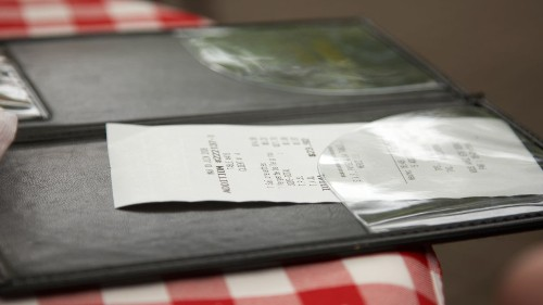 Customer leaves $5600 tip at Ohio restaurant: 'Amazing gesture of kindness'
