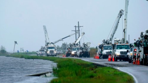 Nicholas leaves more than 100,000 without power in Texas, Louisiana