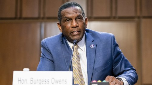 Burgess Owens introduces bill banning racial segregation in federal diversity trainings