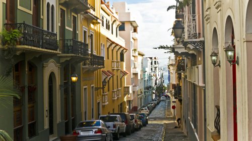 Puerto Rico fining tourists $100 for violating mask mandate