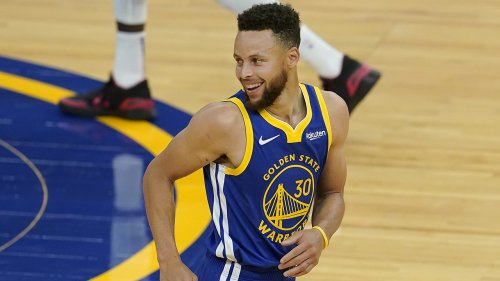 Warriors' Steph Curry shatters NBA records in April, enters conversation as league MVP