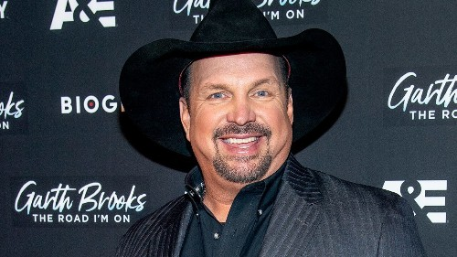 Garth Brooks' upcoming Biden inauguration performance receives mixed reaction from fans