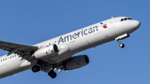'Unruly' passenger causes American Airlines flight to stop in Seattle