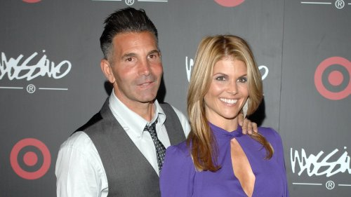 Lori Loughlin and Mossimo Giannulli looking to leave Los Angeles to 'work on their marriage'