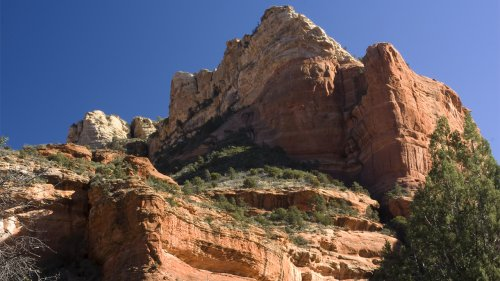 Barefoot hiker killed in fall at scenic Arizona red rock canyon