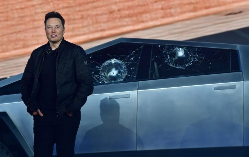 As coronavirus pandemic worsens, Elon Musk makes good on ventilator promise