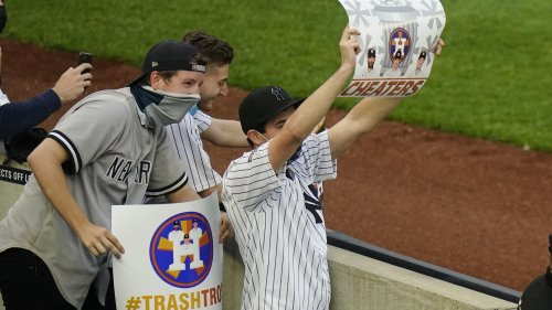 Astros complain to MLB about taunting as Yankee fans are curbed from heckling: report