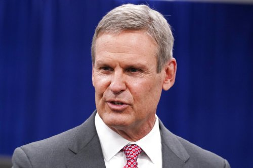 Unemployed Tennessee residents sue state, governor to reinstate unemployment benefits