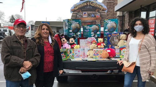 Former Michigan toy store owner gives $45,000 worth of stock to charity
