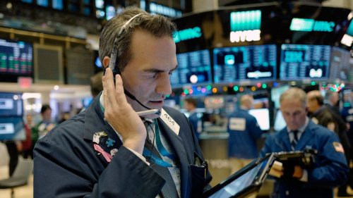 Stocks finish mixed with Fed meeting on tap