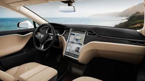 Tesla recalling 135k cars for touchscreen safety defect