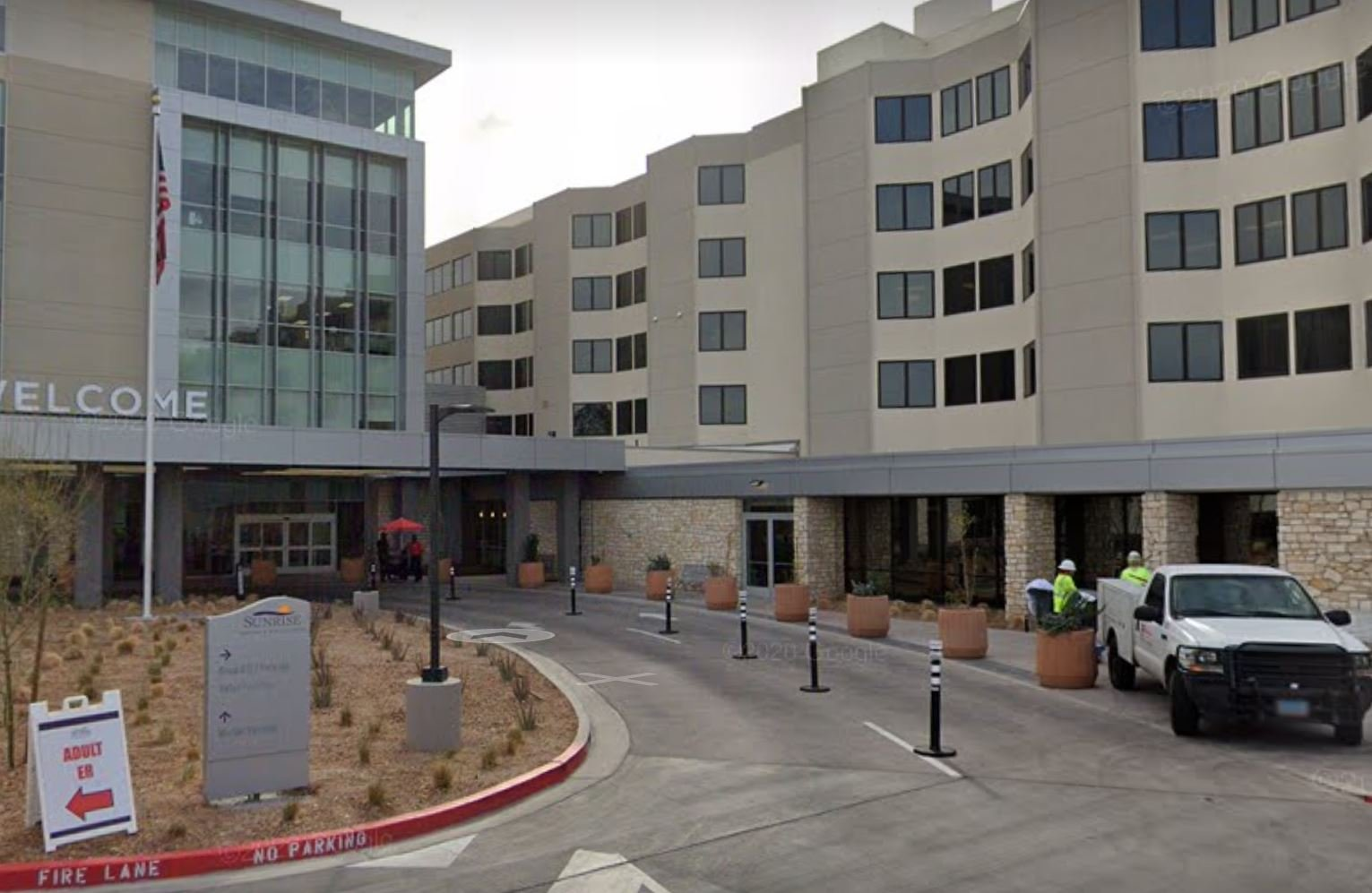COVID-19: At least 8 fully vaccinated Vegas hospital workers test positive in 'breakthrough' cluster