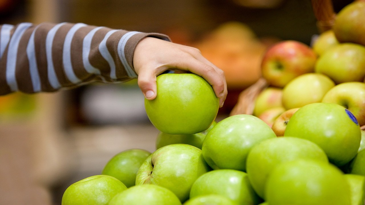 '5 or more': Higher fruit, vegetable servings linked to kids' improved mental well-being