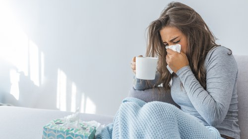 Is it a cold or COVID-19? Symptoms to look out for