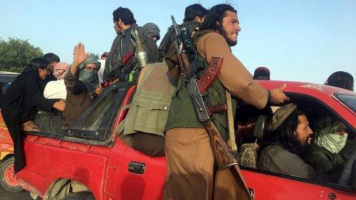 Taliban take key Afghan district, adding to string of wins