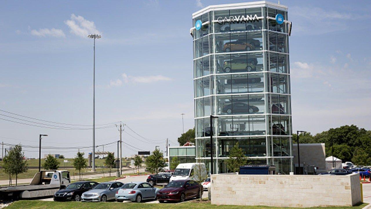 Online used-car retailer Carvana sees record third quarter