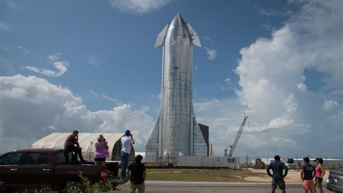 SpaceX threatened with arrests in Texas over obstructing roadways