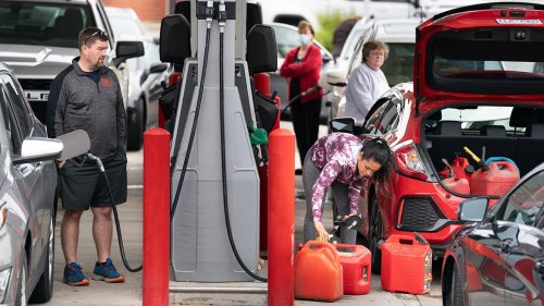 Gas prices hit new record in summer travel rebound