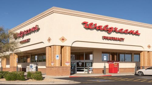 Walgreens spaced Pfizer COVID-19 vaccine doses 4 weeks apart rather than recommended 21-day interval: report