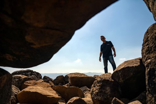 Mysterious rock art discovered in megalithic tombs in Israel