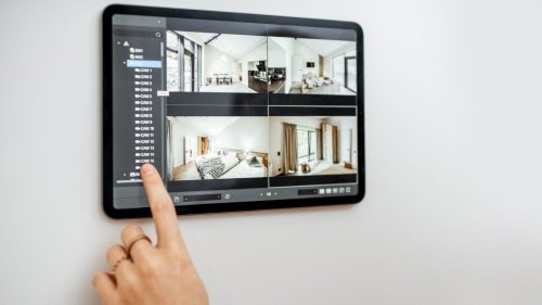 3 in 10 home sellers use spycams during house tours: 'Be polite and courteous'