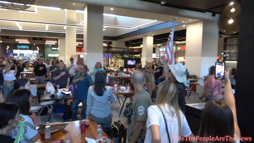 New York City anti-vaccine mandate protesters storm mall food court: 'My body, my choice'