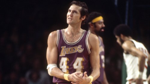 Jerry West upset with Jeanie Buss' 'offensive' list of important Lakers
