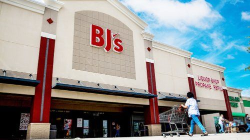 BJ's Wholesale Club CEO Lee Delaney reportedly dies of heart attack while running