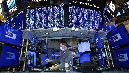 Investment exec predicts GameStop will top $1,000 per share