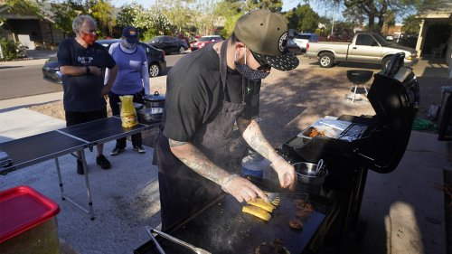Pandemic-weary chefs, cooks enjoy serving from home