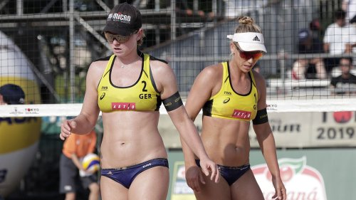 Pro beach volleyball players back out of Qatar tournament over bikini attire