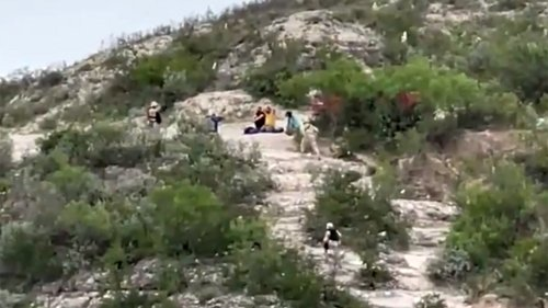 Migrants attempting Rio Grande crossing into US nabbed by Mexican Marines, video shows