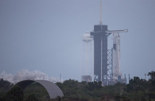 Historic SpaceX commercial launch expected to draw as many as 250,000 'daytrippers' rescheduled for Sunday