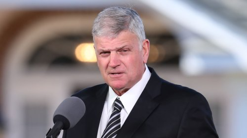 Rev. Graham reacts to Biden leaving 'God' out of prayer proclamation: 'There is no one else to pray to'