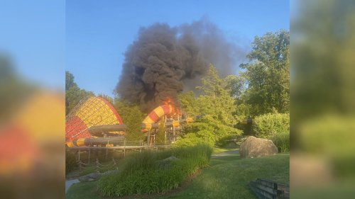 Fire breaks out at waterslide at New Jersey waterpark