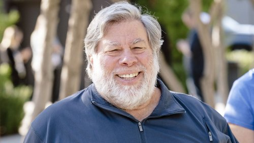 Apple co-founder Steve Wozniak launches private space company