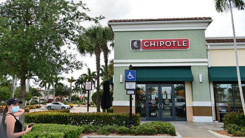 Chipotle testing cauliflower rice as consumers look for healthier menu items