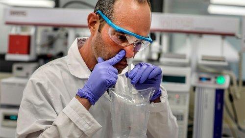 Coronavirus breathalyzer, wearable armband tests are 'game changers' for economy