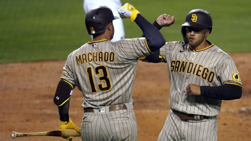 adres hold off Dodgers 3-2 in resumption of SoCal rivalry