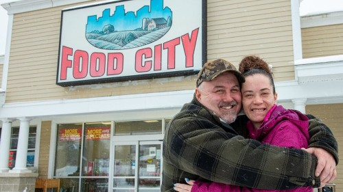 Couple donates money to supermarket staff after winning $1M on scratch-off lottery ticket