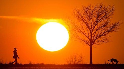 Extreme Hitzewelle rollt über Europa: Bis zu 44 Grad – Diese Urlaubsregionen sind betroffen