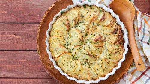 Vier Zutaten zum Glück: So leicht machen Sie einen leckeren Kartoffelauflauf