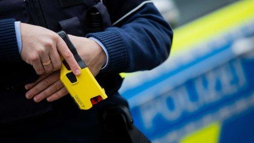 Taser-Werbung auf Polizeikongress – die Mär vom milden Mittel