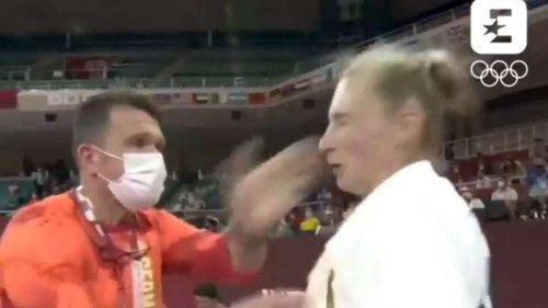 Bizarres Video aufgetaucht: Trainer verpasst deutscher Judoka schallende Ohrfeige