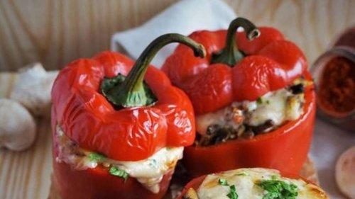 Gefüllte Paprika vom Grill: So machen Sie den Klassiker mal anders